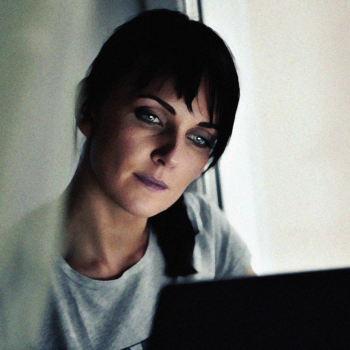 Девочка нежно мастурбирует и стонет порно видео