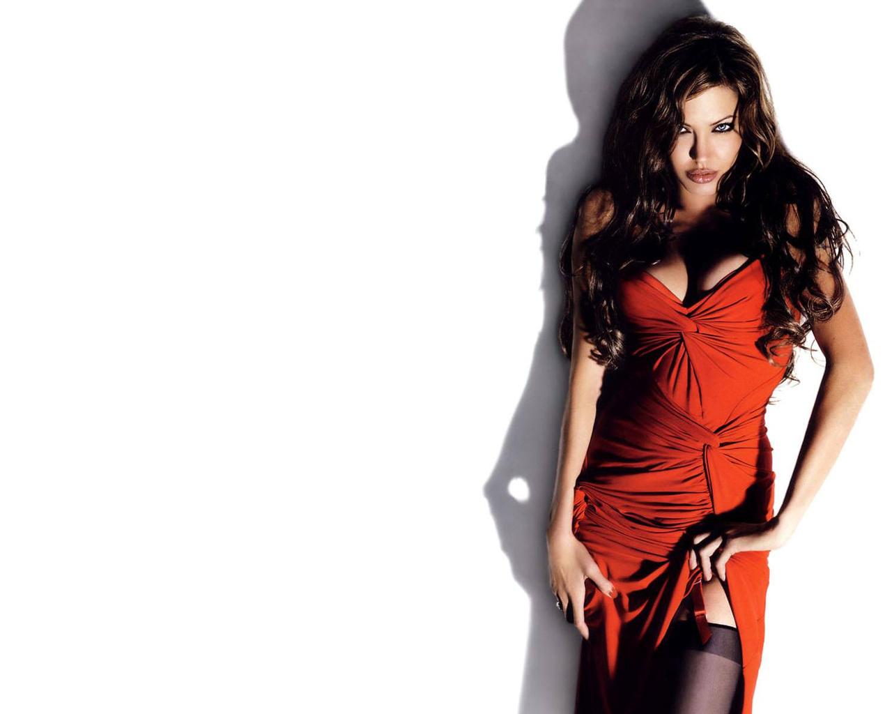 Худенькая Красавица Вернувшись Домой Снимает Офисную Одежду Домашнее Порно И Секс Фото